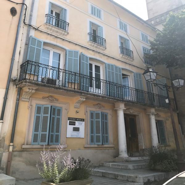 Location Immobilier Professionnel Local professionnel Lambesc 13410